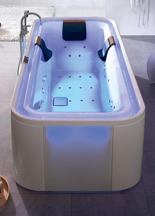 hoesch ergo whirlpool baden door yellow design. Black Bedroom Furniture Sets. Home Design Ideas