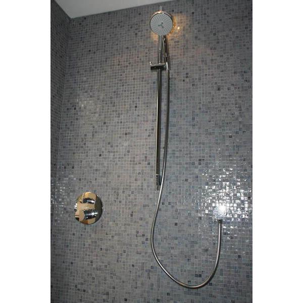 Badkamer sicis glasmozaiek met stucwerk - Spiegel wc ontwerp ...