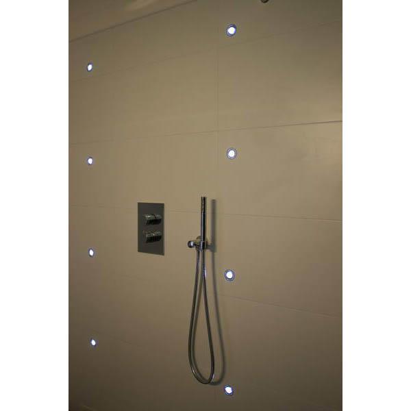 Badkamer Oosterse Sfeer ~ Badkamer Tegels Hout Badkamer wastafel grijs tegels hout modern