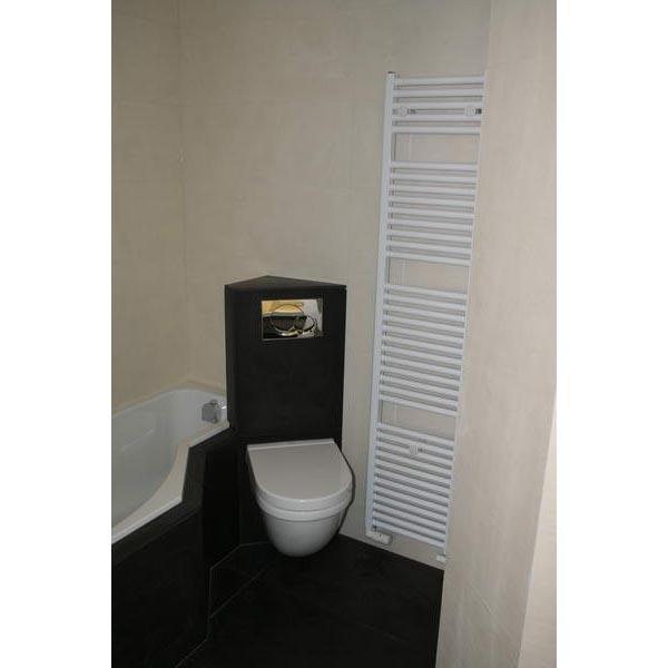Moderne badkamer - Betegelde badkamer ontwerp ...