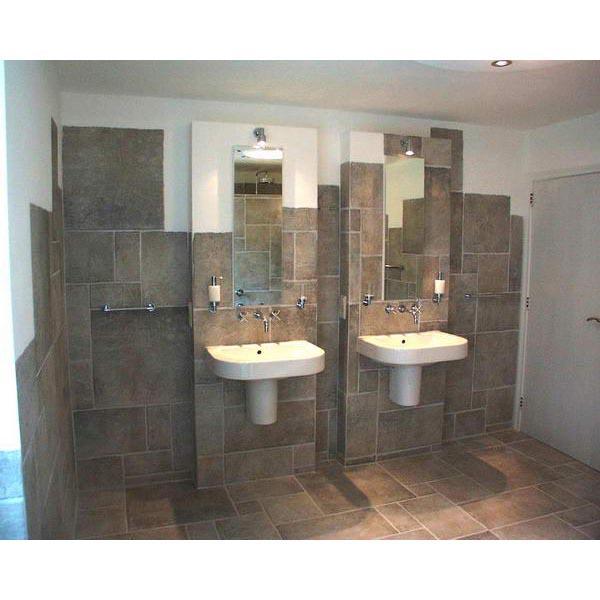 Badkamer Arnhem inloopdouche achter het bad