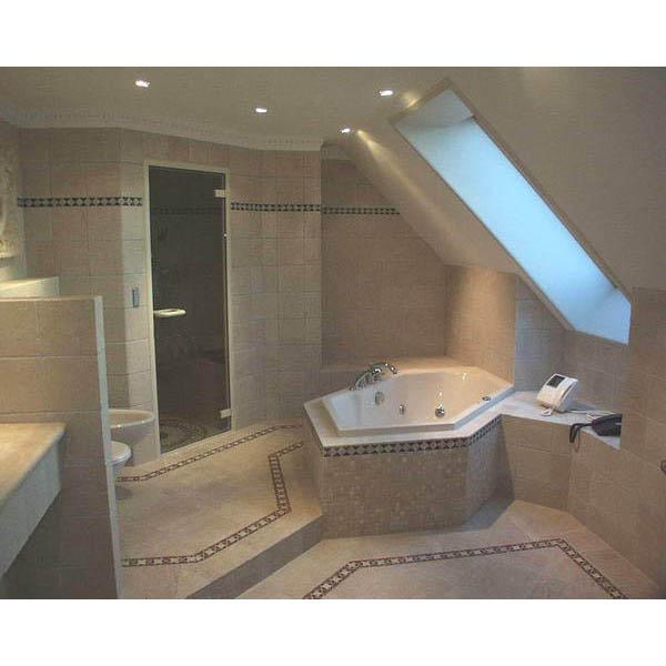 Badkamer Waalwijk landhuisstijl badkamer in antiek marmer
